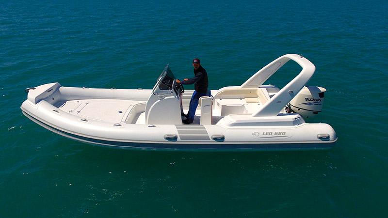 Gommoni led la cura dello yacht for Vendita led online