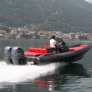 Lomac Adrenalina 9.0 hors bord (3)